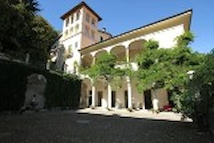 B&B Building Ronchelli - Castello Cabiaglio - Bed & Breakfast