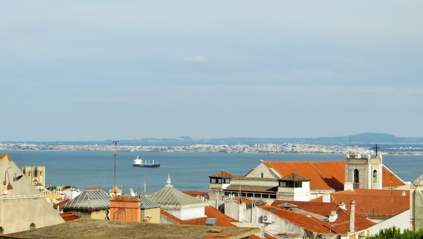 Amazing view, 4 bedrooms, in Bairro Alto