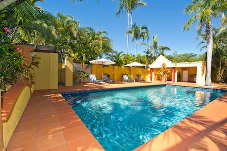 4 Bedroom Mediterranean style Villa - Hus