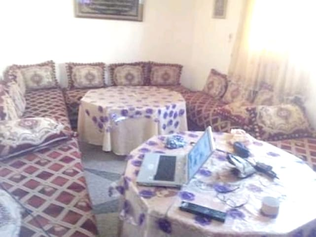 Hübsche Fewo in Oujda & Wifi