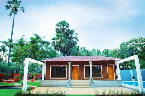 kanyakumari, Beach House, Swimming Pool,Garden.