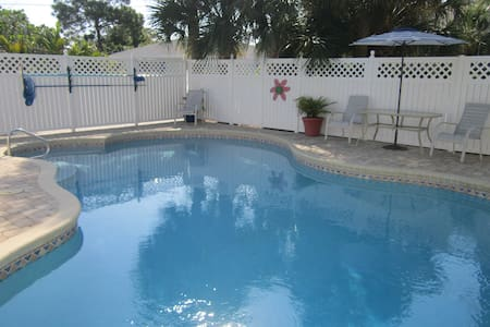 2 Bedroom w/ Beach Access - Sanibel - Andere