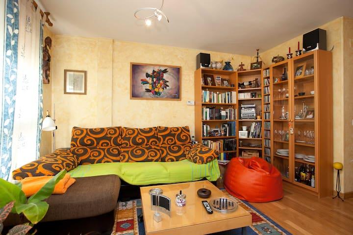 Habitación en Madrid con piscina - Leganés - Dom