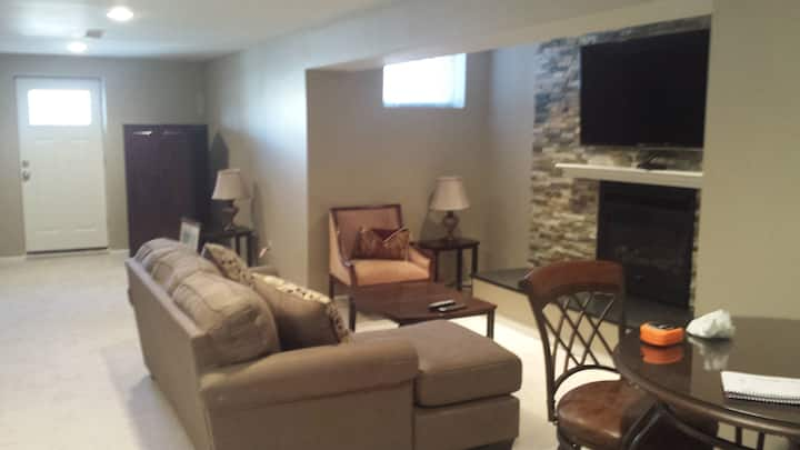 Corporate Apartment - New and Clean - Luxury