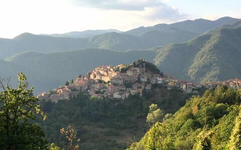 Lepa 4-spalnica v Toskani s pogledom