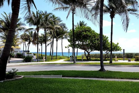 Amazing Direct Oceanfront - Steps to Beach - Deerfield Beach - Villa