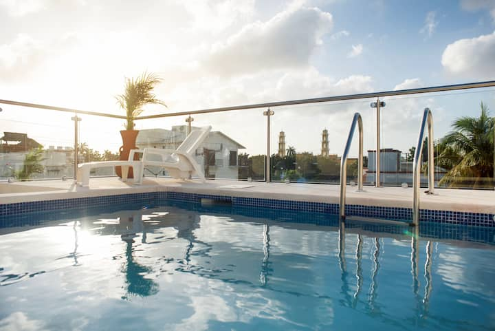 MODERN 4 Bedroom & 5 Bath HOME w/ 2 Swimming Pools