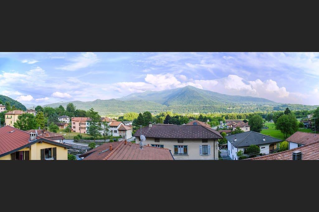 Vista sulla valle dal balcone