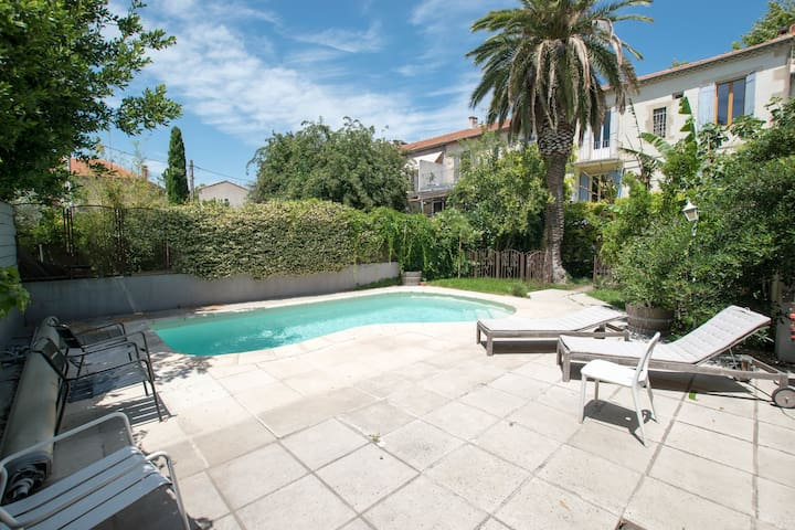 Palmeira - Big house in town with pool