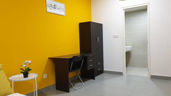 LW 1 Bedroom @ KANVAS SOHO Cyberjaya WiFi NETFLIX