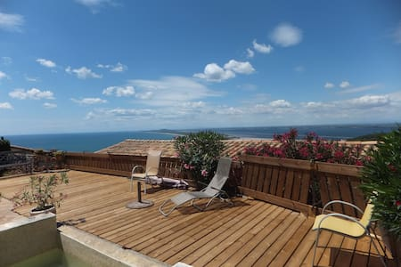 Chambre dans villa  vue sur la mer, quartier calme - Сет