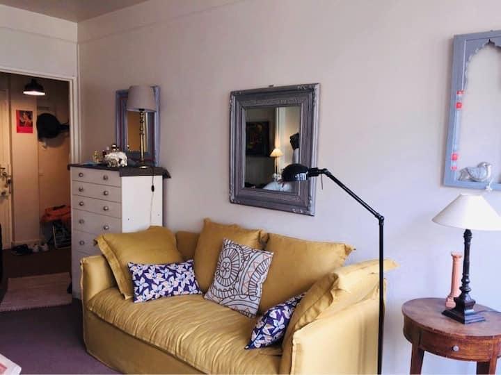 Studio 40 m2 avec balcon au coeur du 16 ème arr
