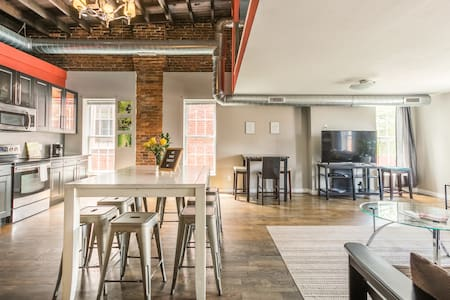 Heart of Olde Towne East Loft