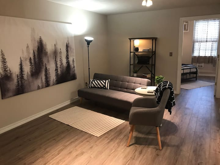 Cozy, updated condo