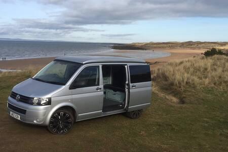 Camper Van, T5 Volkswagen, brand new conversion. - Gullane - 露營車
