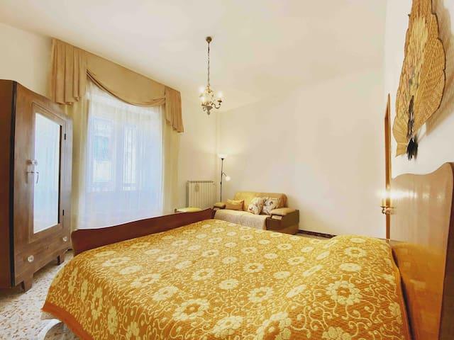 Master bedroom/ camera matrimoniale