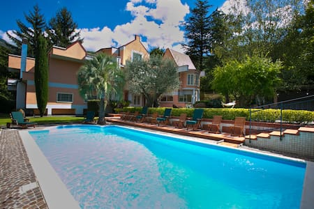 Villa Enrica: un altro gusto di fare vacanza...
