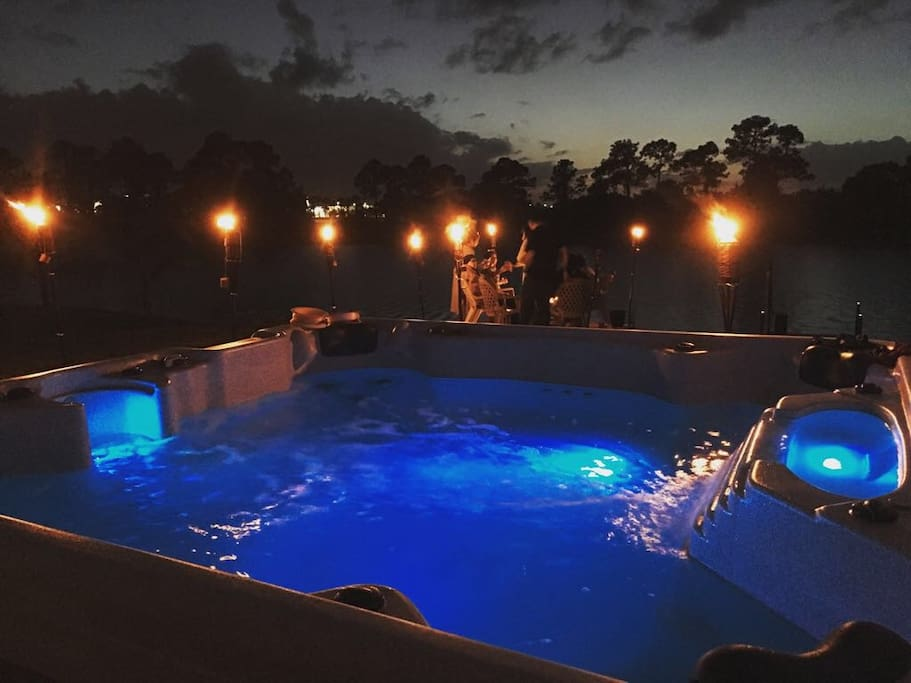 Jacuzzi (8 persons)