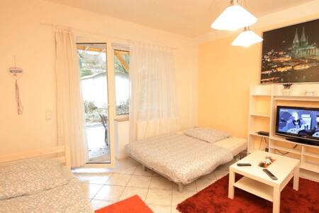 E01 Ferienwohnung Eitorf - Eitorf - Apartment