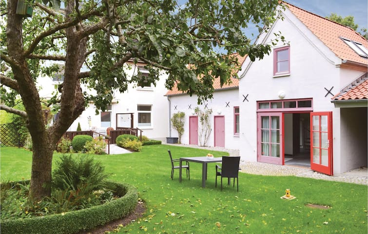 Holiday cottage with 1 bedroom on 120 m² in Glücksburg