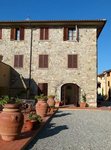 Appartamenti Vacanze Toscana - Pomaia - Appartement