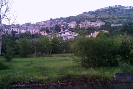 Soyez au centre de l'Italie! - Arce