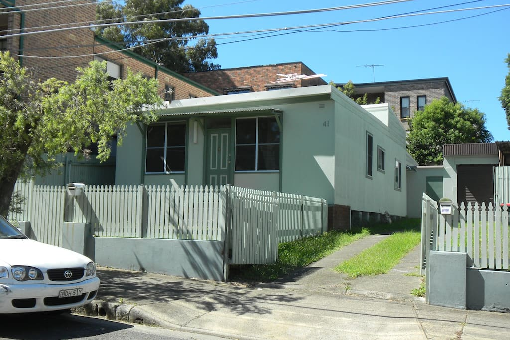 This is a duplex_ I have the front & lovely quiet neighbours at the back