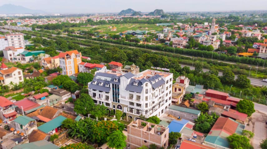Retirement home in the peaceful suburbs of Hanoi
