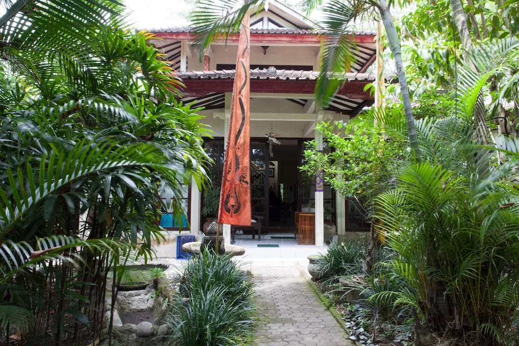 Entrance to Villa Ayu