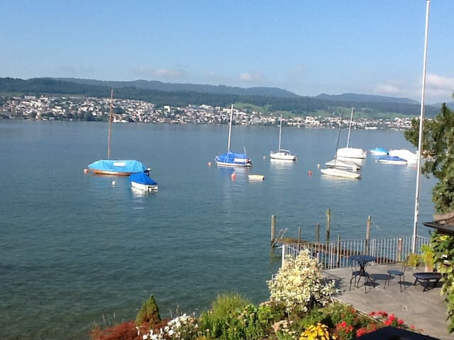Unique Lakehouse, great view,  price for 2 - Meilen