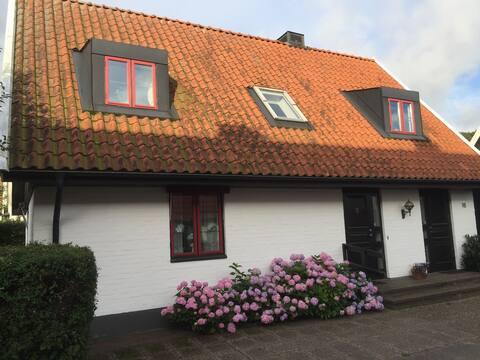 Hus i centrala Båstad