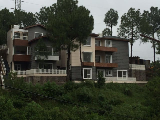 Independent Villa with Barbeque Garden/Born Fire - Kasauli - House