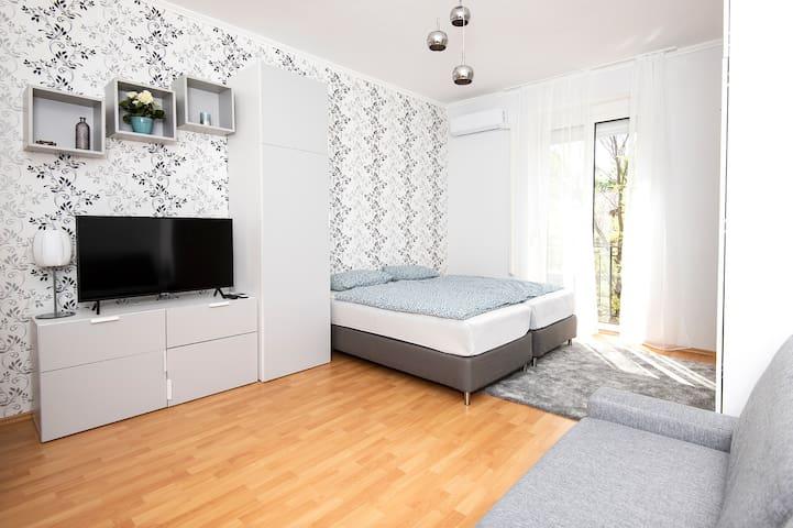 Birdsong Apartment