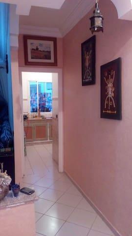 Appartement climatisé avec wifi,Securisé et calme - Salé - Apartmen