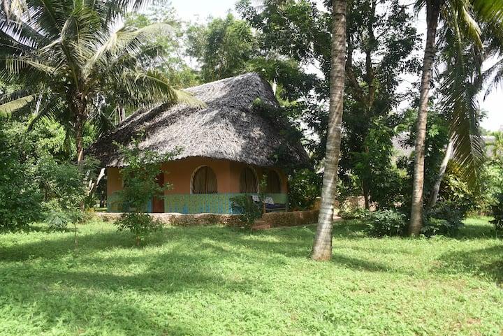 Mini-Villa in a Eco-Retreat-Lodge at Southcoast