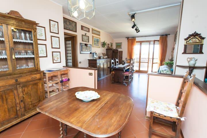 UMBRIAN HOLIDAYS IN COZY APARTMENT - Bastia Umbra - Apartment