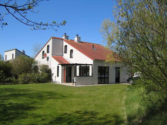 Comfortable Holiday Home on Texel's Northern Tip
