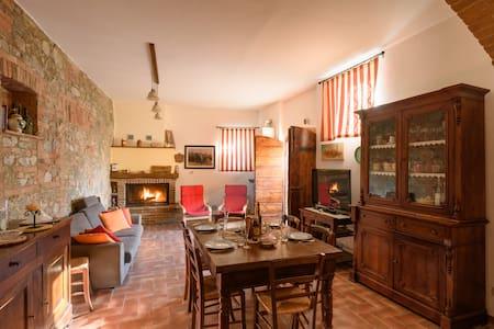 Casa San Piero Rental in Chianti - Castelnuovo Berardenga  - Dům