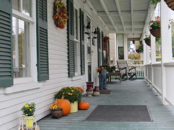 Killington area Inn all to yourself! 9bd/10 bath