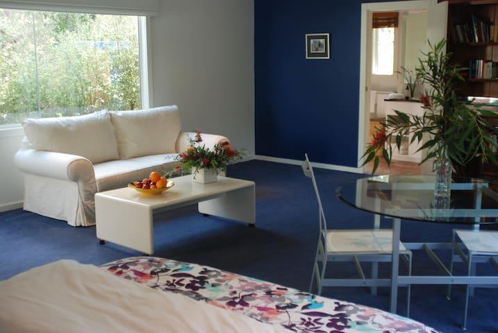 Mount Martha, White Lilac Holiday Studio