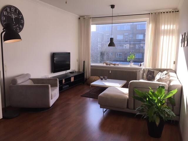 Geheel appartement (75m), nabij Martini Plaza