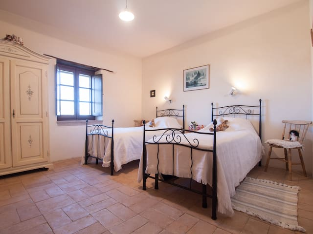 casale benedetti, rustic farm house - Tarano - Bed & Breakfast