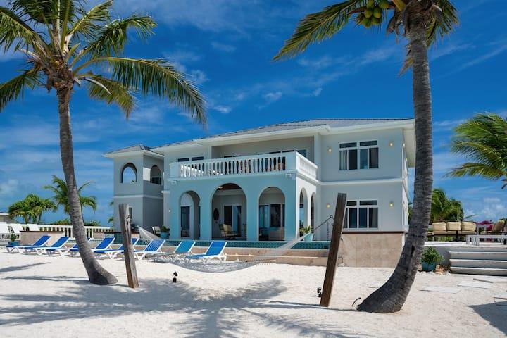 NEW! Luxury Turtle Tail Villa w/ Private Beach!