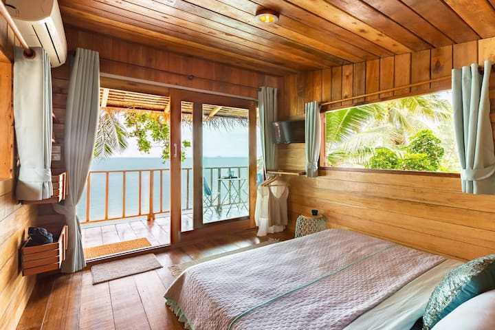 Wake up to epic full ocean views and sea breeze!