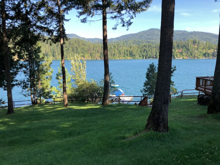 Touch of Heaven on Hayden Lake, Idaho for Families