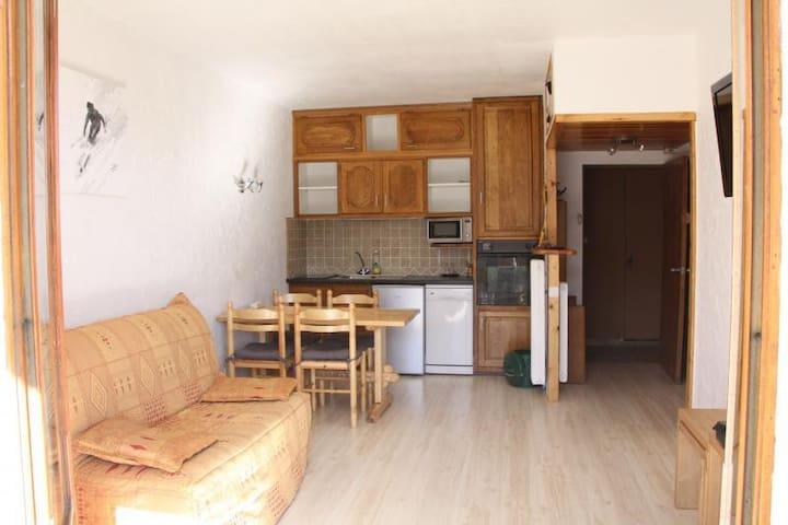 Location appartement Auron - Saint-Étienne-de-Tinée - Apartment