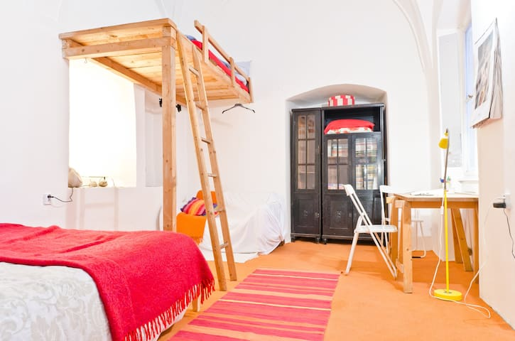 Romantic cozy Old Town studio - Praag - Appartement