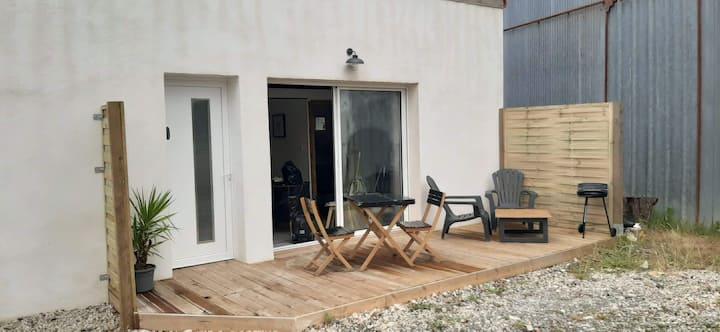 Studio neuf 35 m2 proche mer