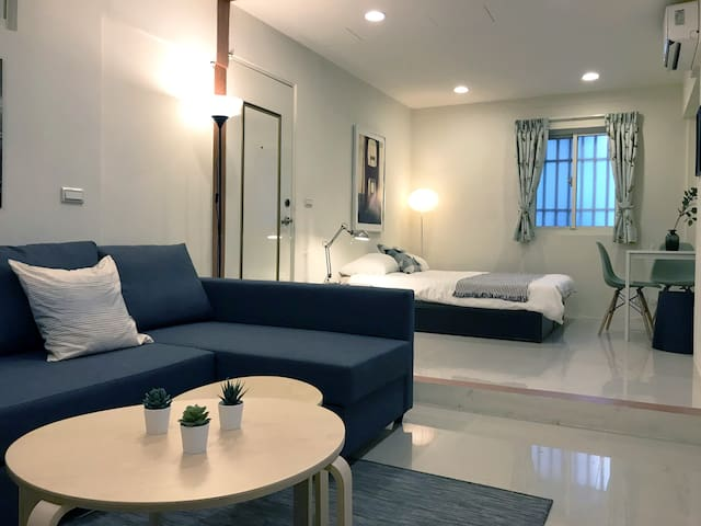 Big Studio w/2 Bathrooms @Taipei 101 MRT 5min walk