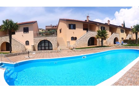 Villa Pool 505 - your holiday home! - Kaštelir - Villa